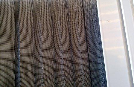 moustiquaire porte pliss e livr en standard ou sur mesure profilstores. Black Bedroom Furniture Sets. Home Design Ideas